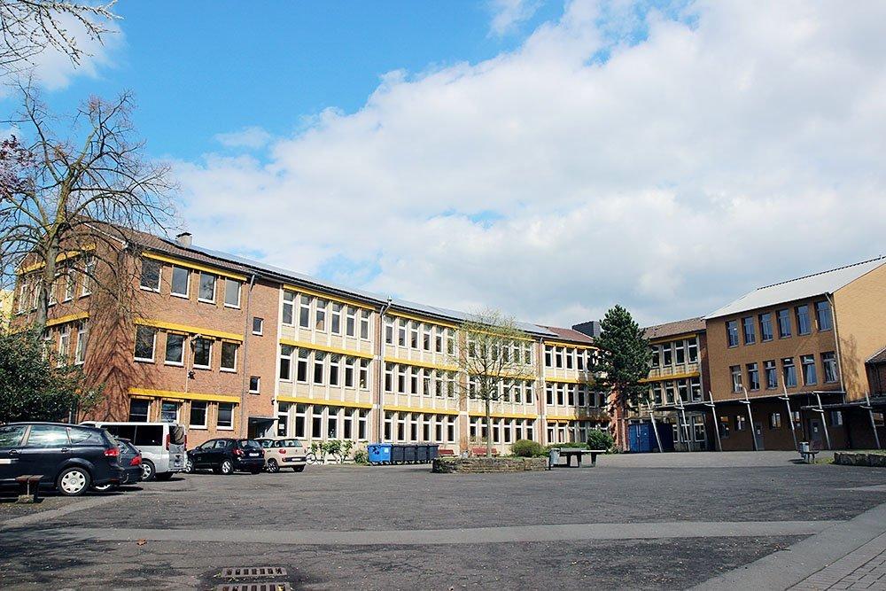 ehemalige hauptschule innenstadt west soll heinrich schmitz bildungszentrum werden in. Black Bedroom Furniture Sets. Home Design Ideas