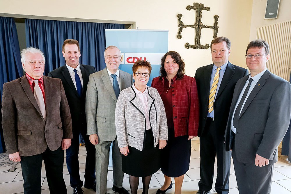 (v. l.) Peter Spineux, Thorsten Hoffmann, Manfred Sauer, Christiane Krause, Diane Jägers, Dirk Wehmeyer und Thomas Bernstein.