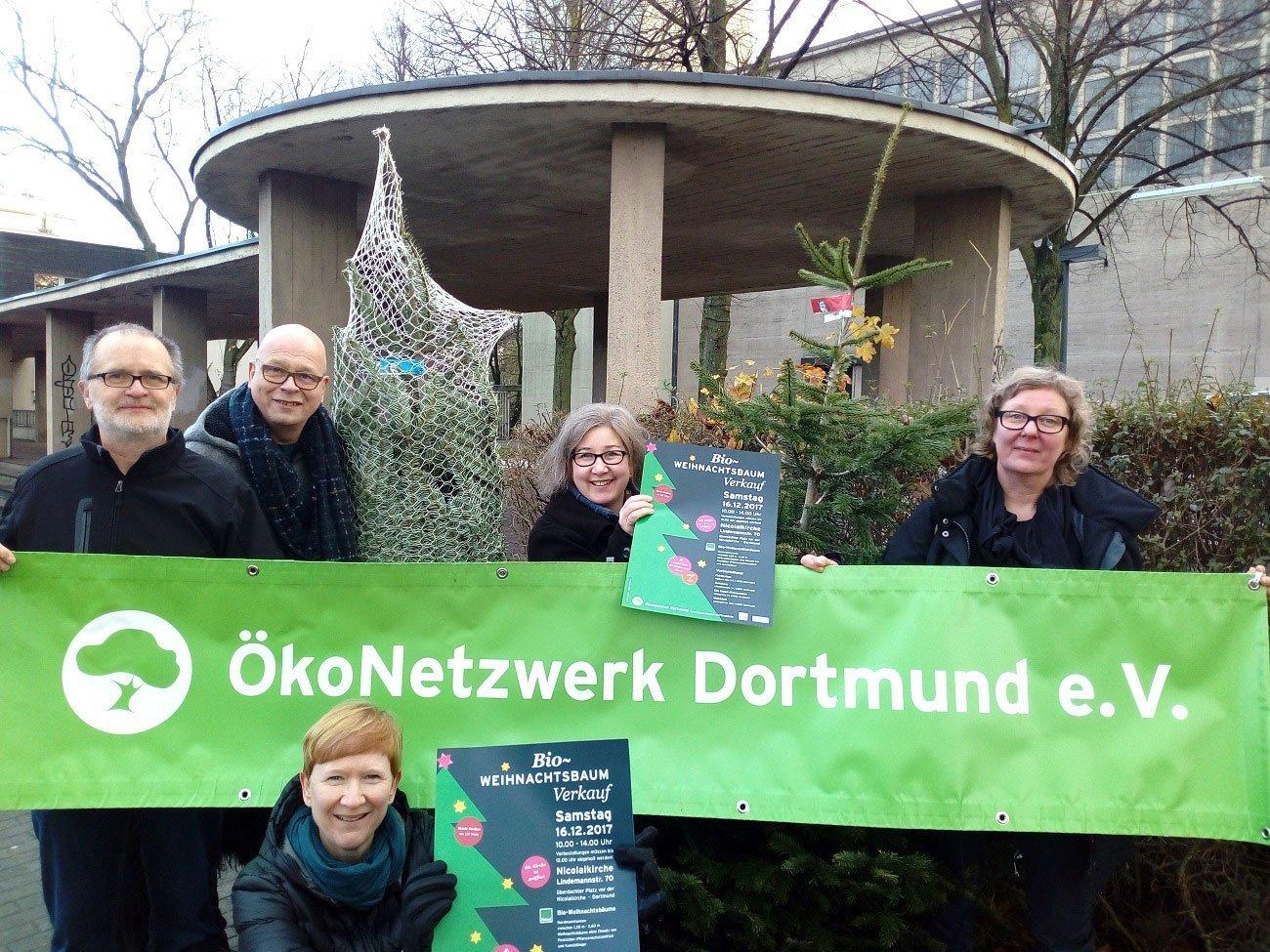 Tannenbaum Kaufen Dortmund.Bioweihnachtsbaum Verkauf An Der Lindemannstraße In Stadtmagazine