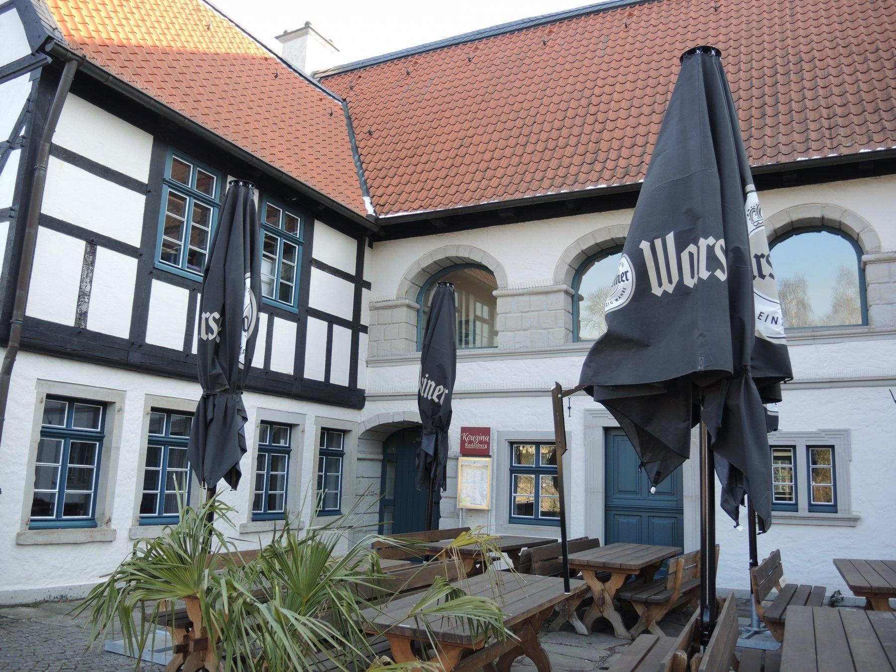 restaurant kouzina im schloss rodenberg bereits wieder geschlossen in stadtmagazine dortmund. Black Bedroom Furniture Sets. Home Design Ideas