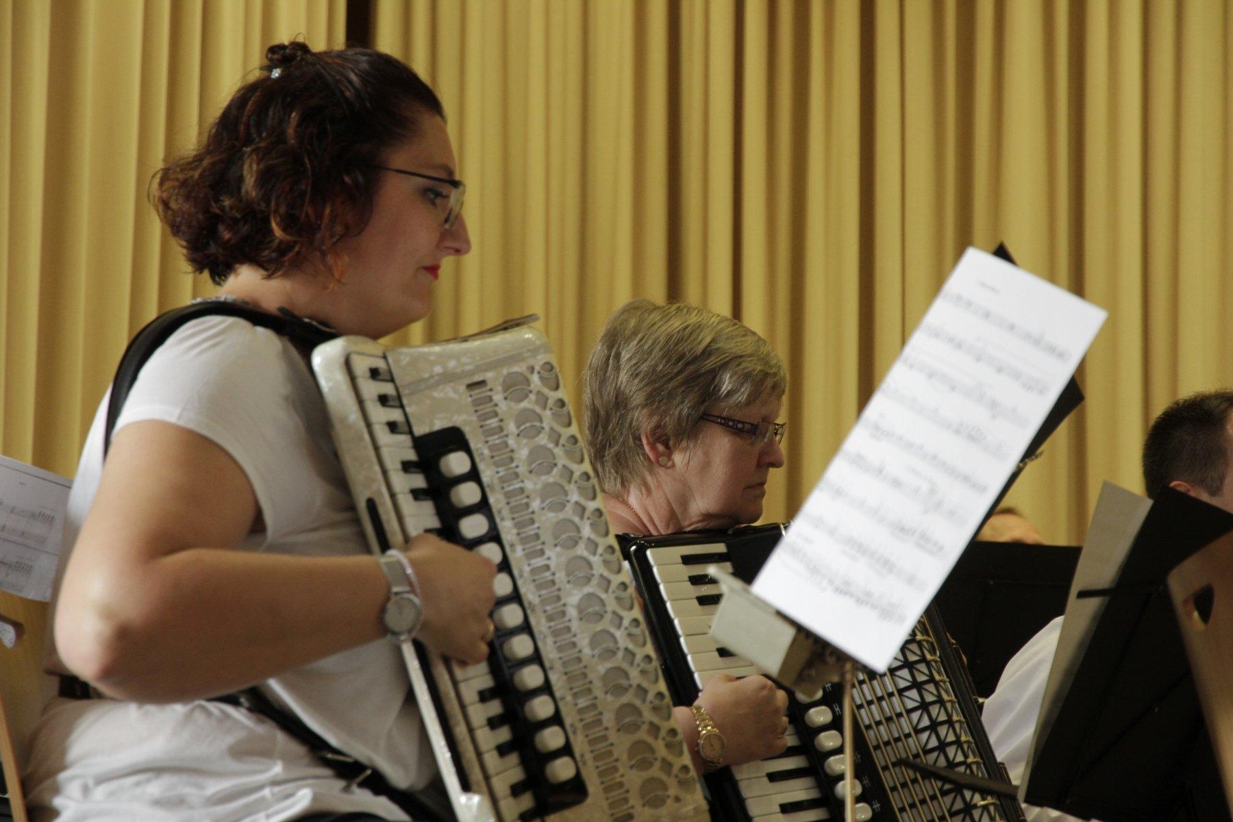 Heider Spielgruppe gab umjubeltes Jubiläumskonzert