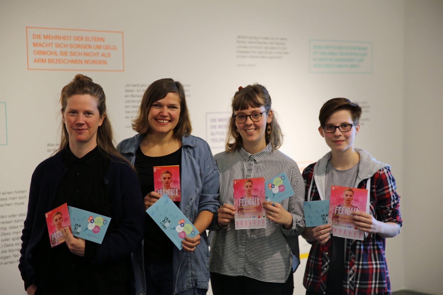 (v. l.) Vera Schöpfer, Henrike Becklas, Franka Schlupp (FSJlerin) und Nadine Seidel vom Jugendteam des Festivals. (Foto: Stadt Dortmund)