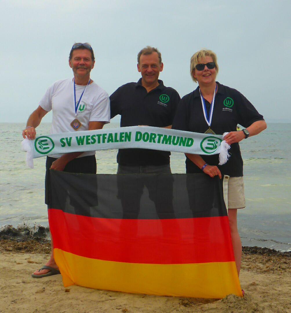 (v. l.) Siegfried Lange, Michael Köster und Imke Rode (Fotos: Verein)