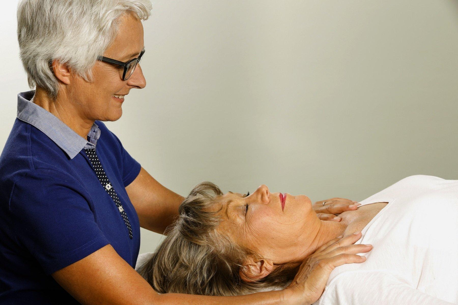 Die sanfte Form der manuellen Medizin dient vor allem dem Erhalt und der Wiederherstellung von Bewegung im Körper (Foto: Verband der Osteopathen Deutschland e. V.)
