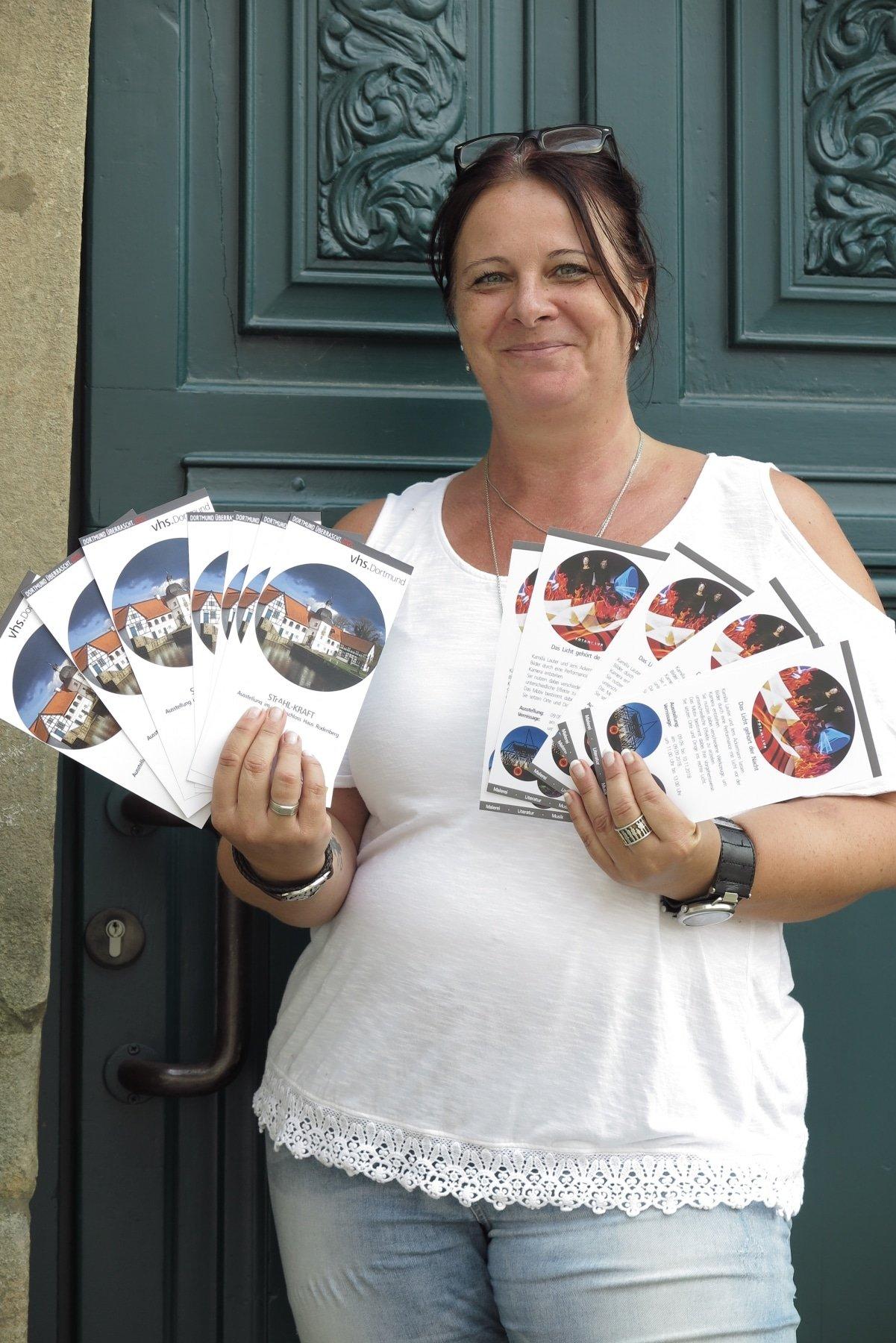 Anette Göke freut sich auf die zahlreichen Ausstellungen. (Foto: IN-StadtMagazine)