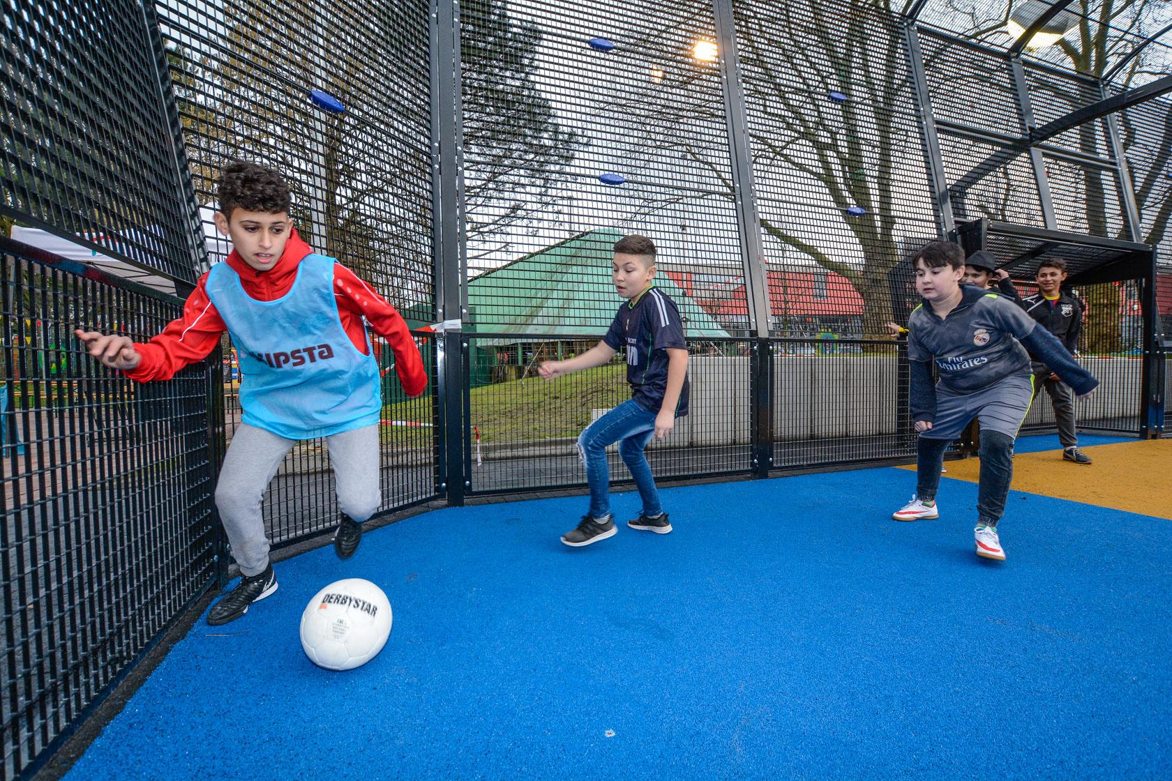 Eine breite Auswahl von Freizeiten, Aktionen und Ausflügen erwartet Kinder und Jungendliche in den Sommerferien in Dortmund. (Foto: Dortmund-Agentur / Roland Gorecki)