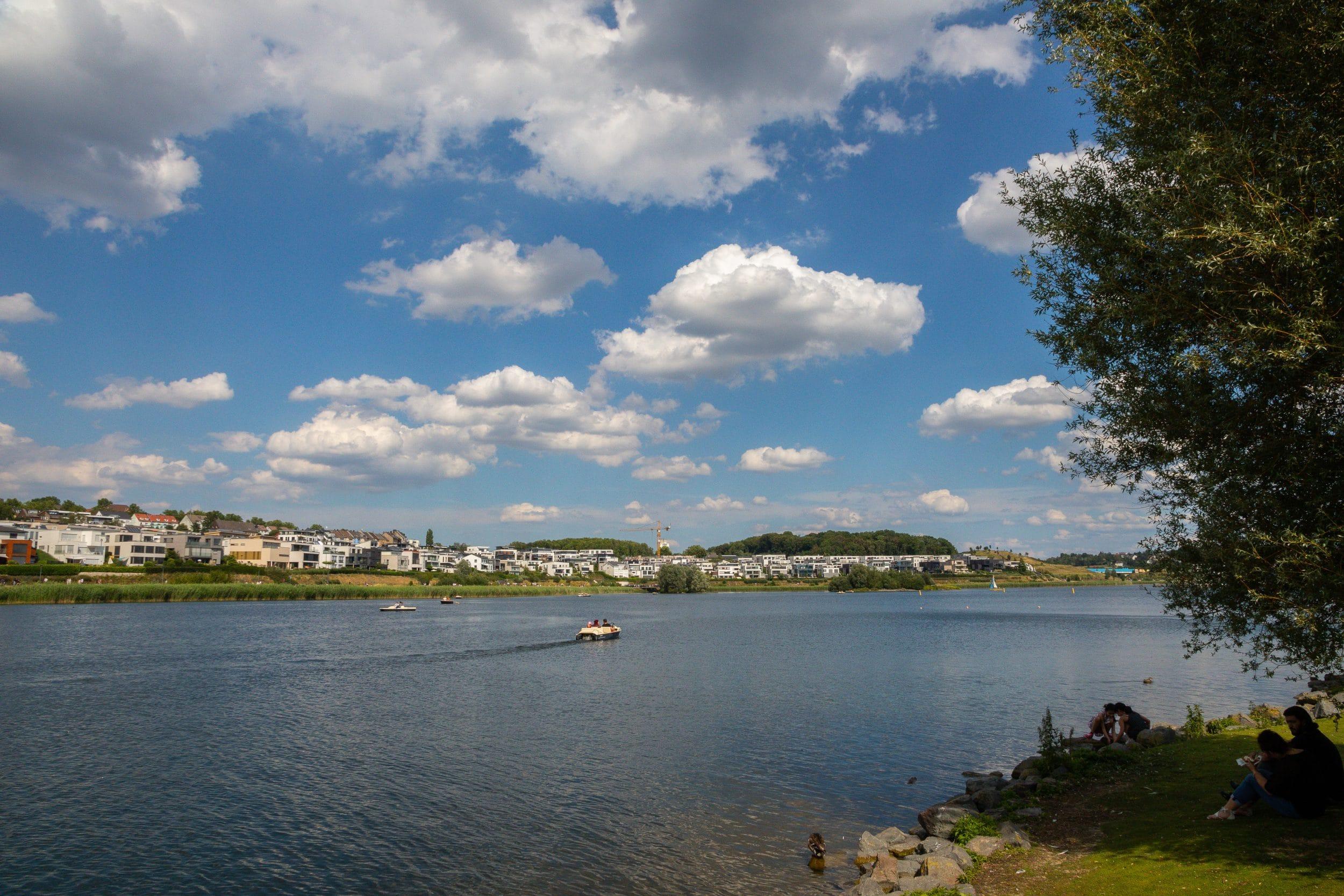 Nicht nur am Phoenix See wird auch während der Osterfeiertage kontrolliert, ob alle Corona-Regeln eingehalten werden.  (Archivfoto: IN-StadtMagazine)