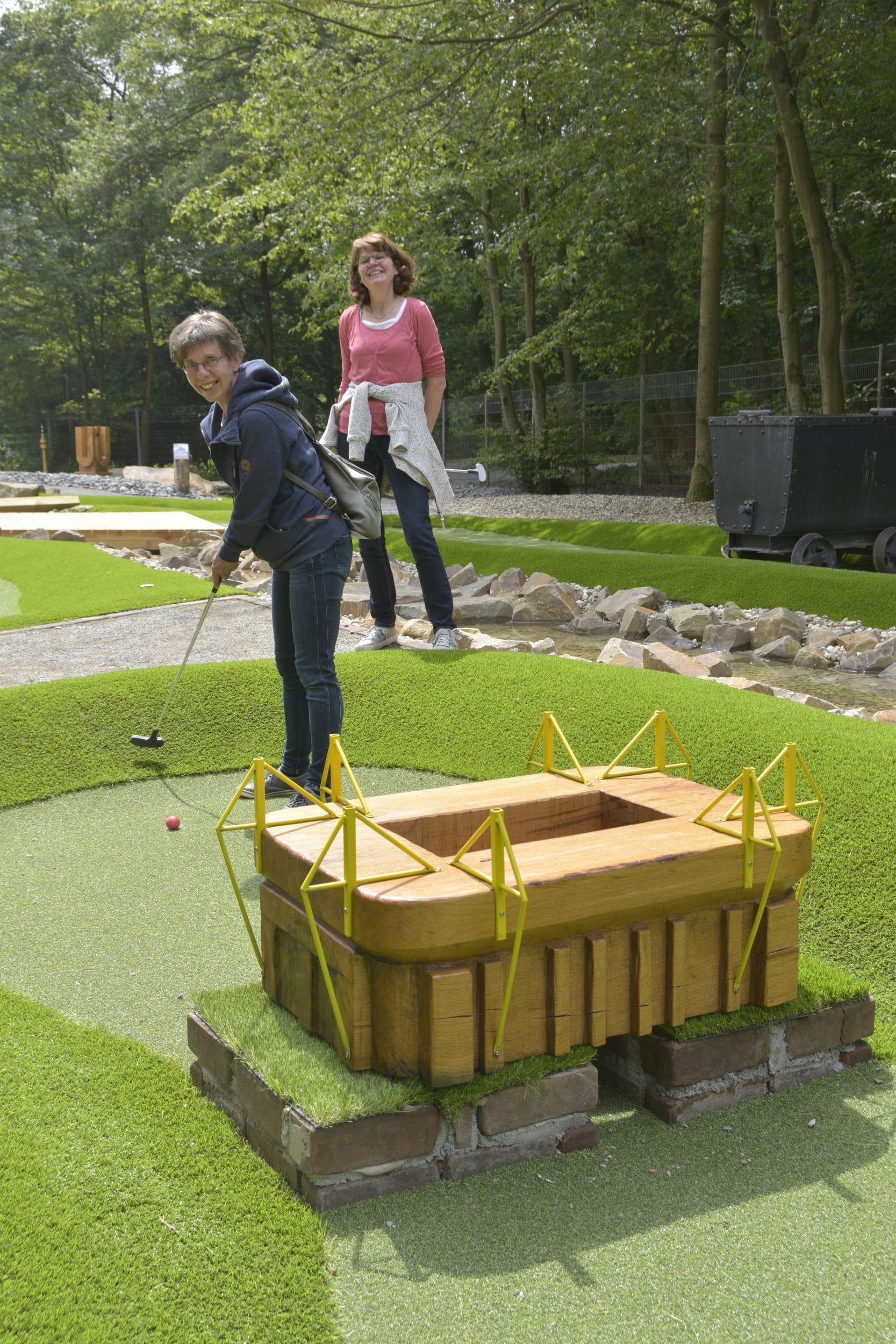 Adventure Golf ist die neue Revierpark-Attraktion