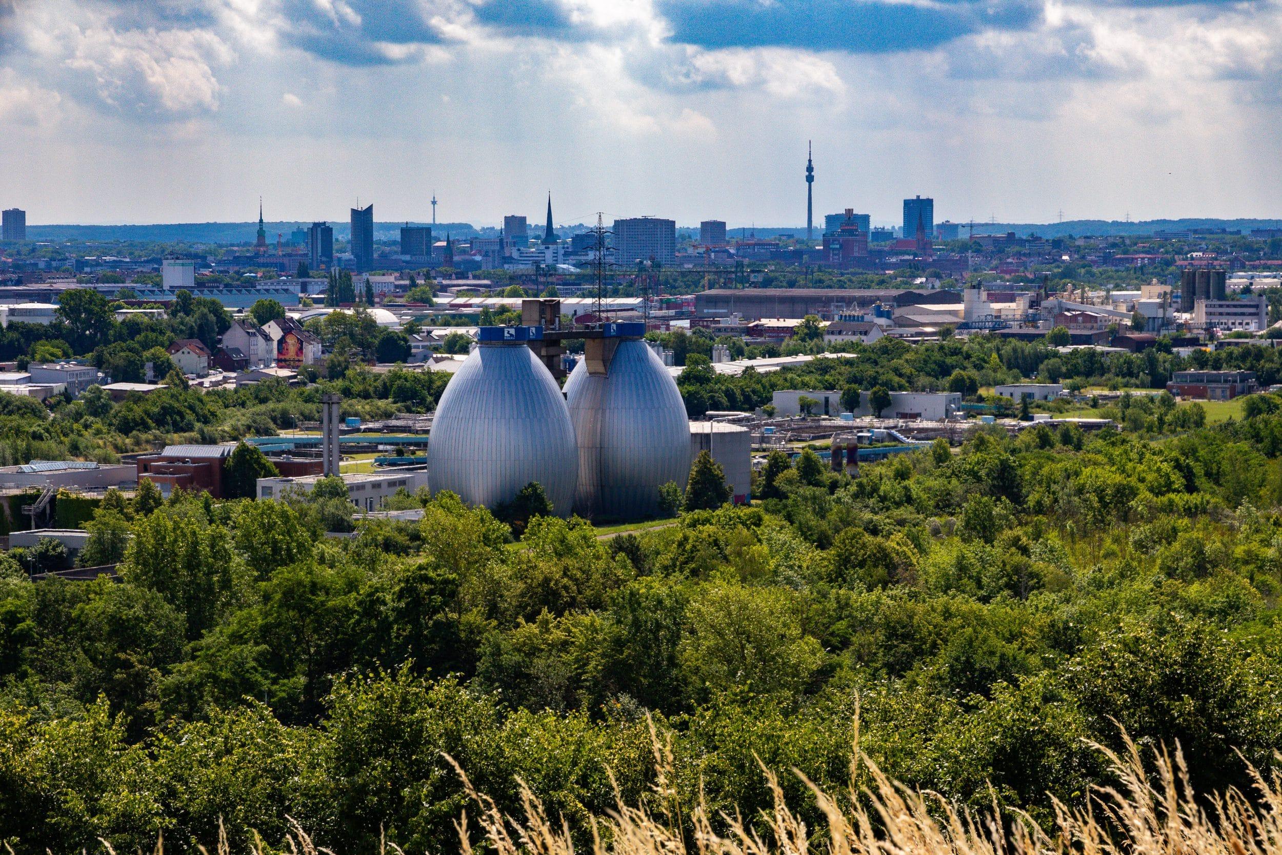 Auch der Deusenberg in Huckarde lädt zu einem (Oster-)Ausflug ein – inklusive freier Rundumsicht auf Dortmund. (Symbolfoto: IN-StadtMagazine)