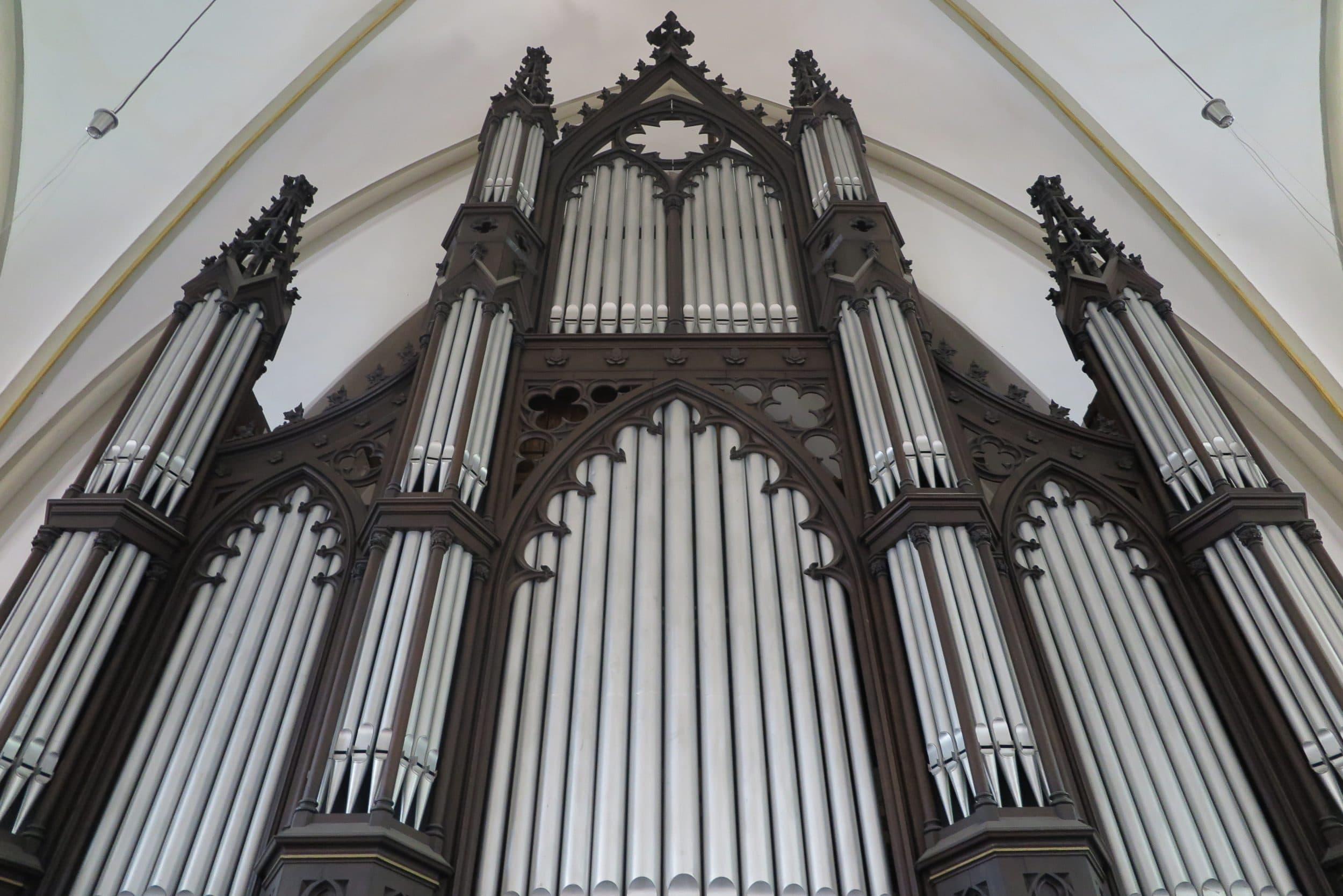 """""""Das Geburtstagskind"""" - die Schulze-Orgel in der Großen Kirche wird 150 Jahre. (Foto: IN-StadtMagazine)"""