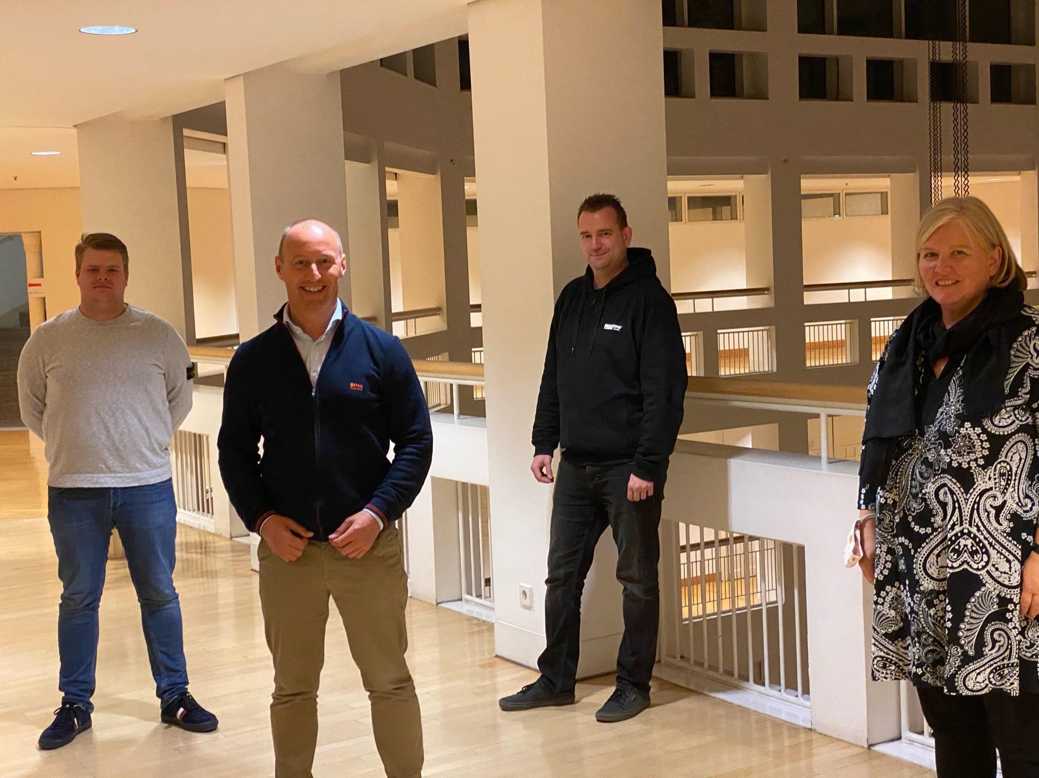 Die Ratsmitglieder der FDP/Bürgerliste. (v. l.) Philip Schmidtke-Mönkediek, Michael Kauch, Markus Happe und Antje Joest. (Foto: Sven Görgens).