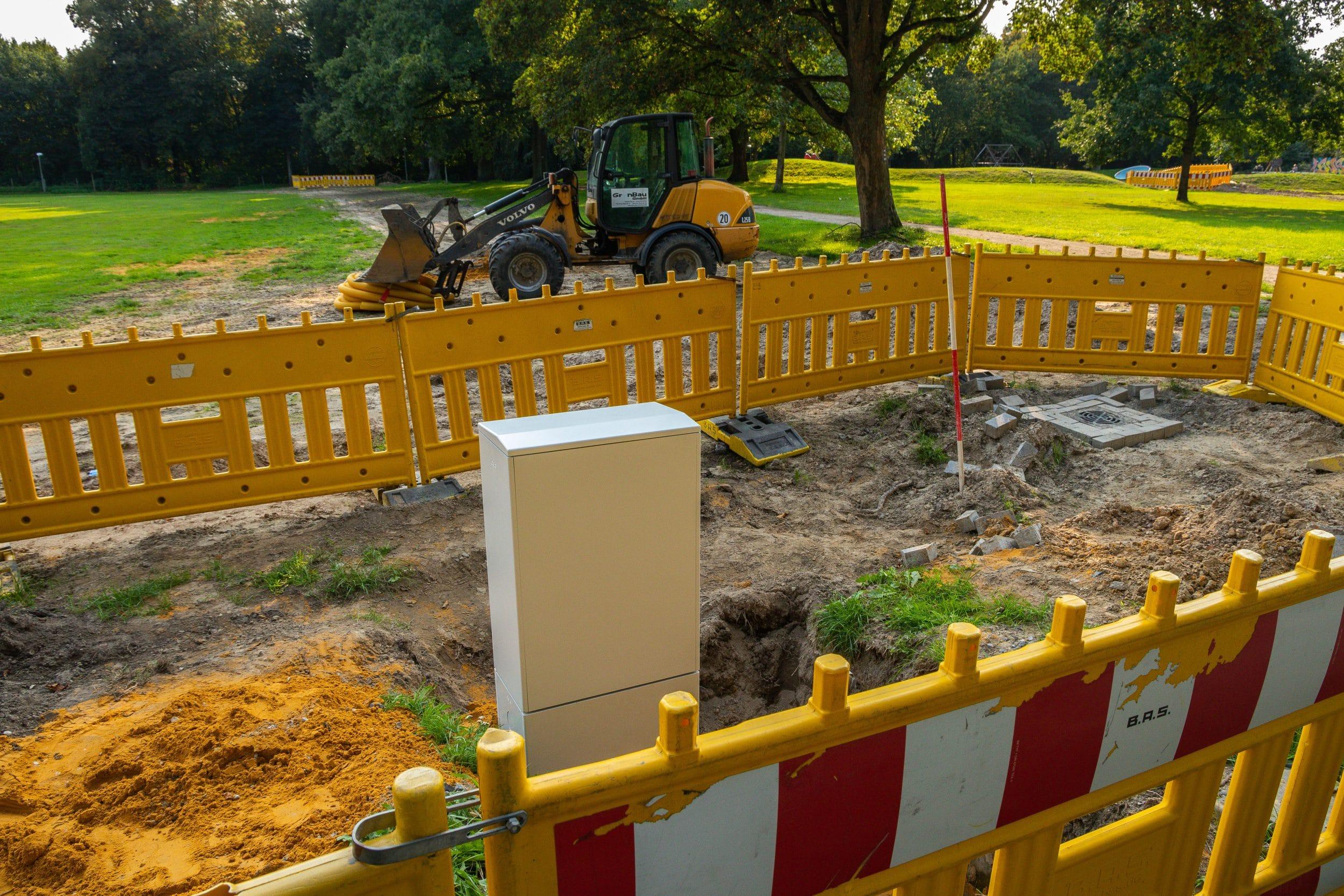 Die Bezirksvertretung Mengede beschloss in ihrer letzten Sitzung den sofortigen Stopp der Bau- und Sanierungsarbeiten im Mengeder Volksgarten. (Fotos: IN-StadtMagazine)