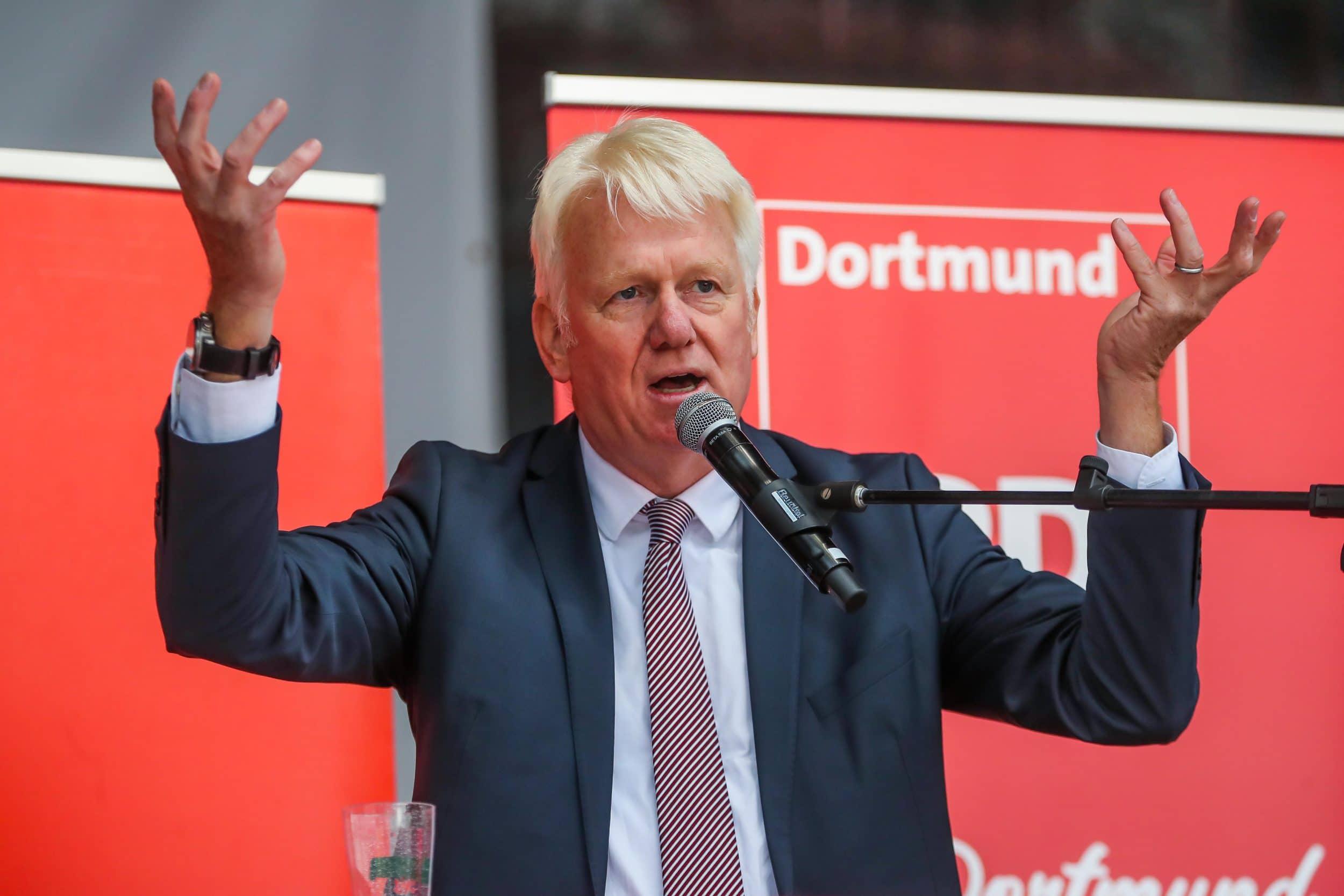 Gemeinsam mit 57 weiteren Bürgermeister*innen aus ganz Europa hat OB Ullrich Sierau einen offenen Brief an die EU adressiert. (Foto: IN-Stadtmagazine)