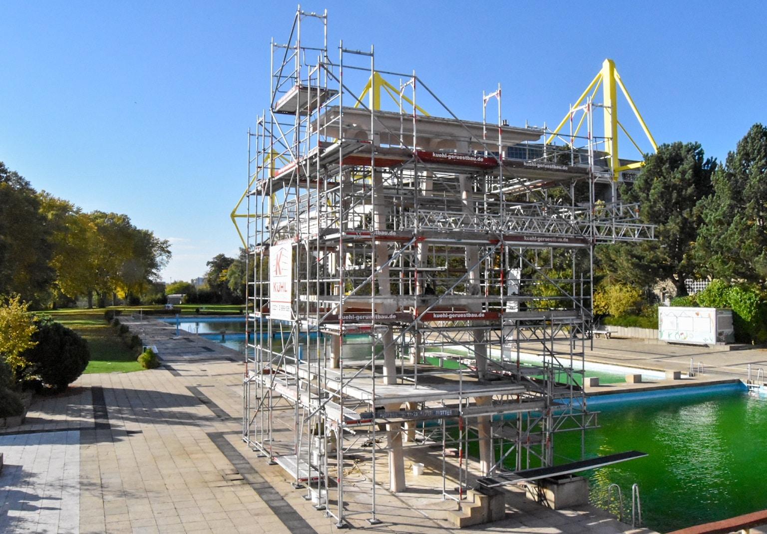 U. a. wird der  Sprungturm im Freibad Volkspark saniert. (Foto: Sportwelt Dortmund)