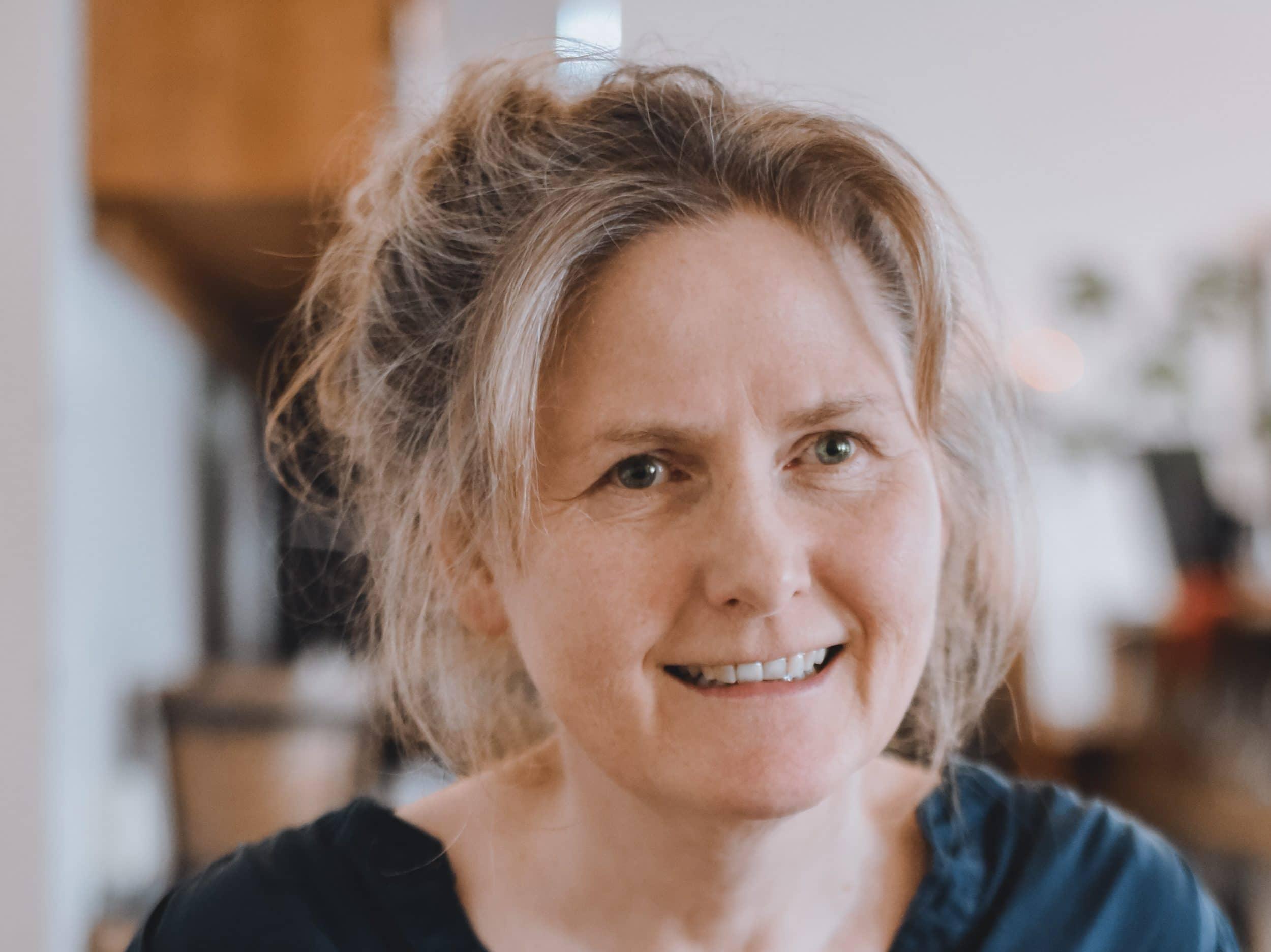 Referentin Guðrún Pétursdóttir ist Expertin auf dem Gebiet der Sensibilisierung gegenüber Alltagsrassismus und -diskriminierung. (Foto:  CHANCENGLEICH in Europa e. V.)