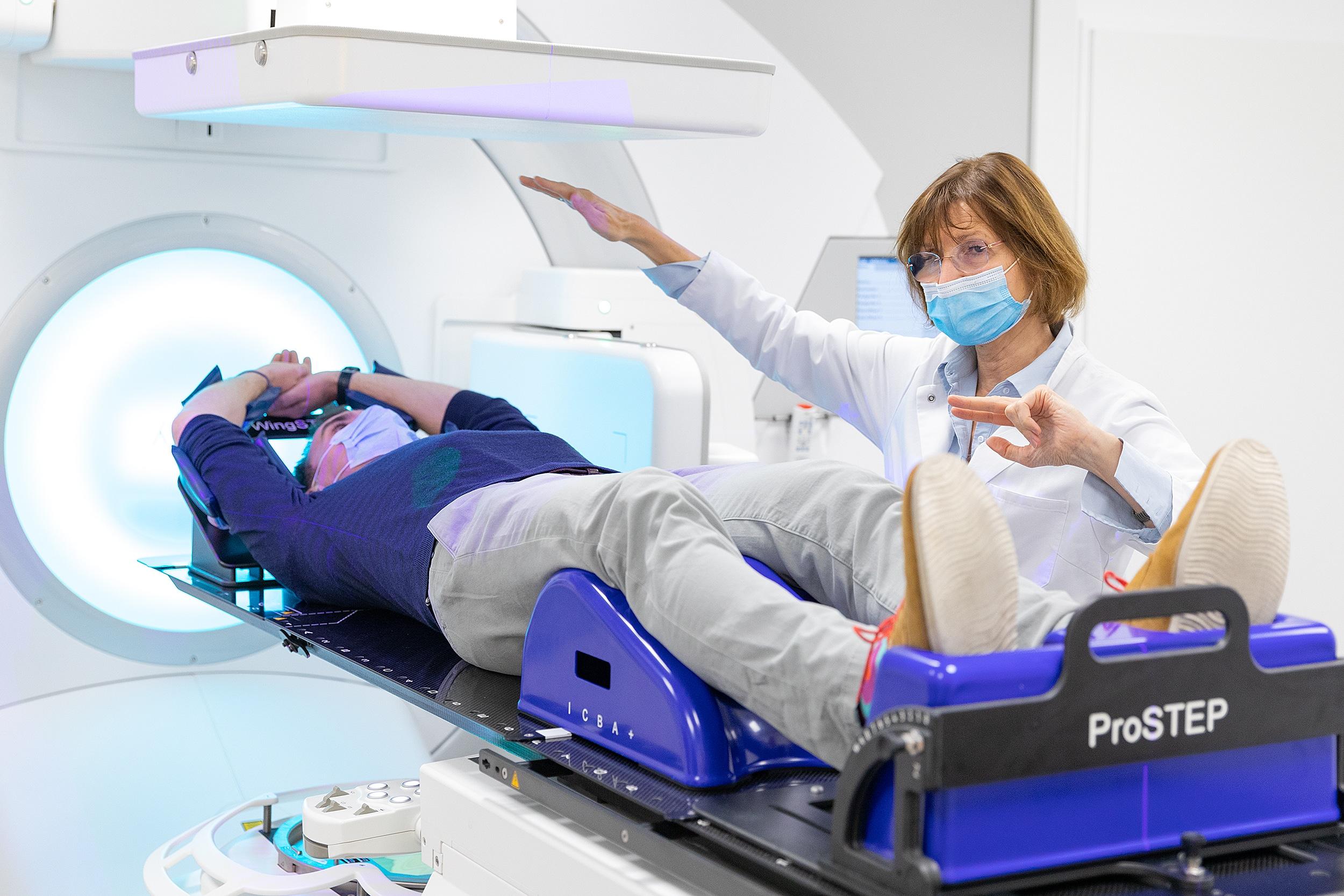 Der Linearbeschleuniger ist besonders komfortabel und schonend für Patienten. © MZV Prof. Dr. Uhlenbrock und Partner