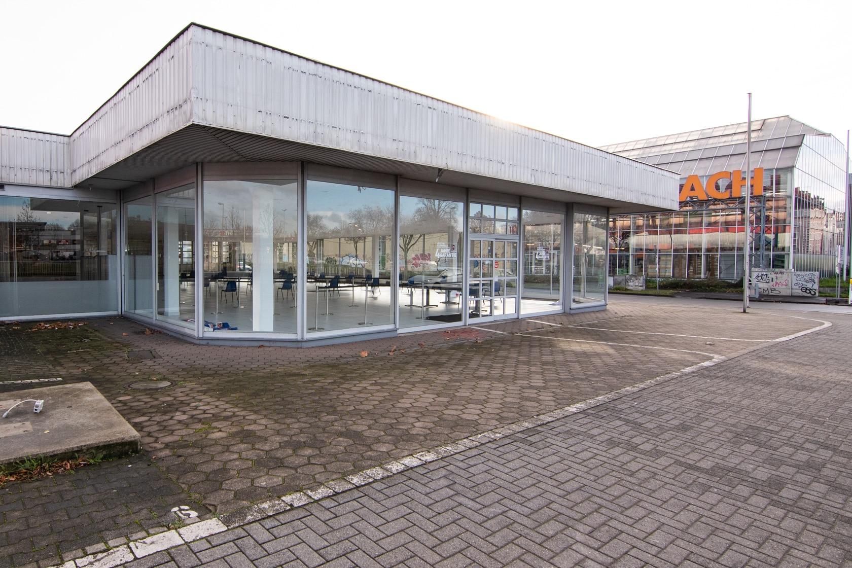 Das neue Testzentrum im ehemaligen Fiat-Autohaus an der Bornstraße. (Fotos: Dortmund-Agentur/Roland Gorecki)