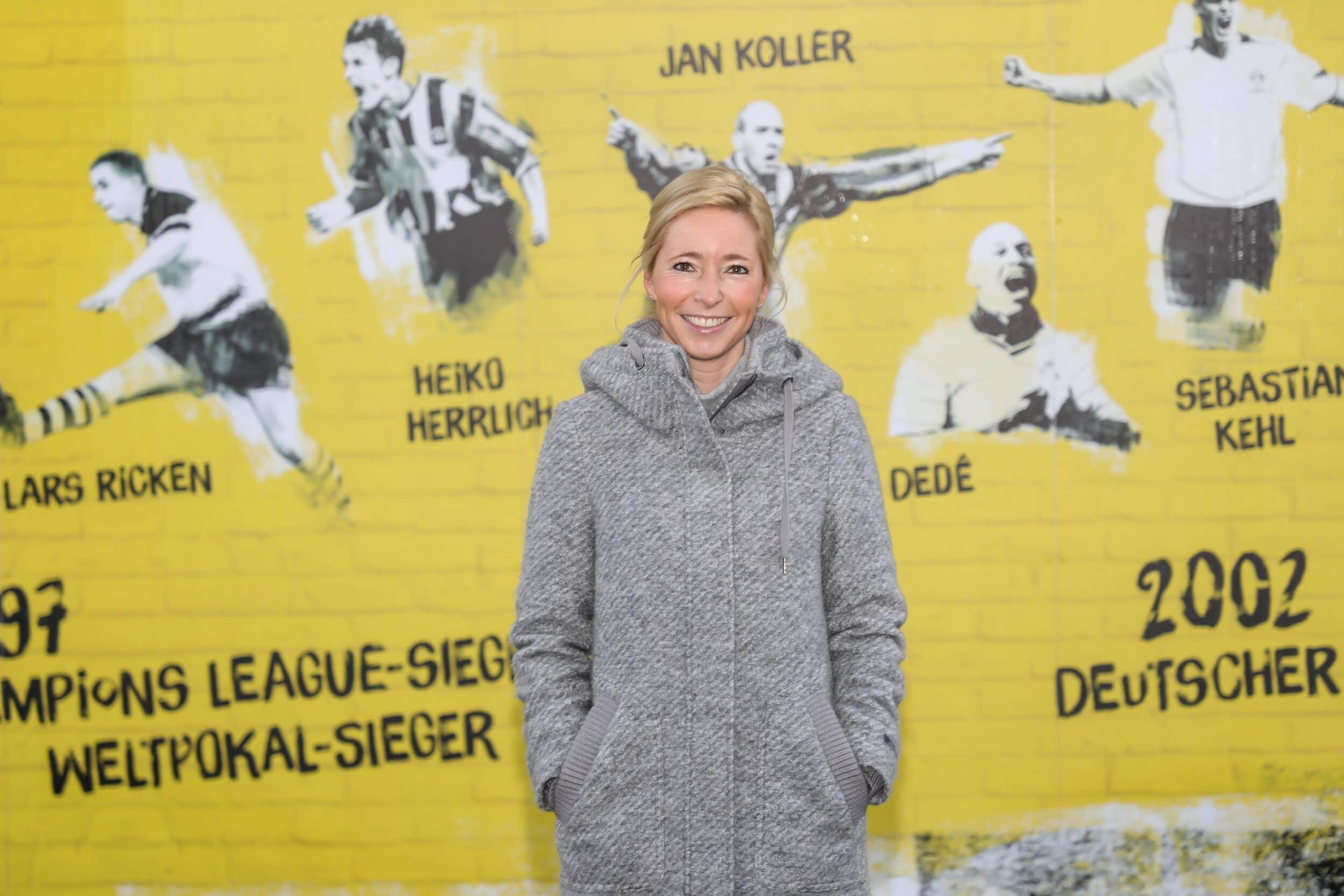 Die Gründung der ersten Frauenfußball-Mannschaft beim BVB steht kurz bevor. – Die IN-StadtMagazine sprachen darüber mit Svenja Schlenker, der Leiterin der Frauenabteilung beim BVB. (Foto: Oliver Schaper/IN-StadtMagazine)