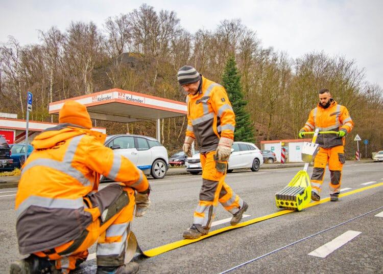 Mitte März begann die DONETZ, die Baustelle an der Gotthelfstraße einzurichten. (Fotos: Wir in Dortmund)