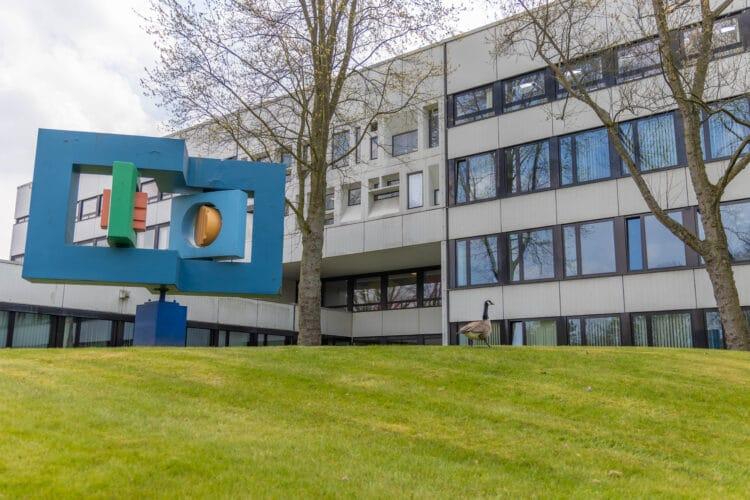 Das Berufsförderungswerk in Hacheney wird Filmkulisse für eine Serie über gefälschte Hitler-Tagebücher. (Foto: Wir in Dortmund)