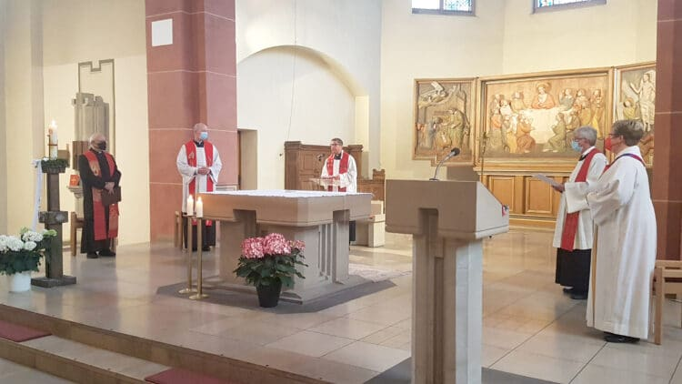 Der Auftaktgottesdienst fand in der Kath. St. Remigius Kirche in Mengede statt. (Foto: Pastoralverbund Dortmunder Nord-Westen)