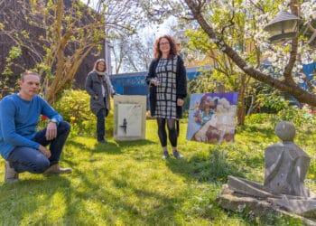 (v. l.) Igor Jablunowskij, Karla Christoph und Stefanie Becker bilden eine Nachbarschaft der Kunst. (Fotos: Wir in Dortmund)