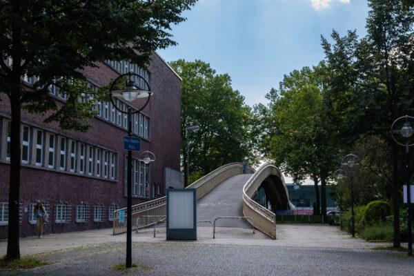Der Loop zum Stadion – Stadt konkretisiert Pläne zum Neubau der Fußgängerbrücke Lindemannstraße