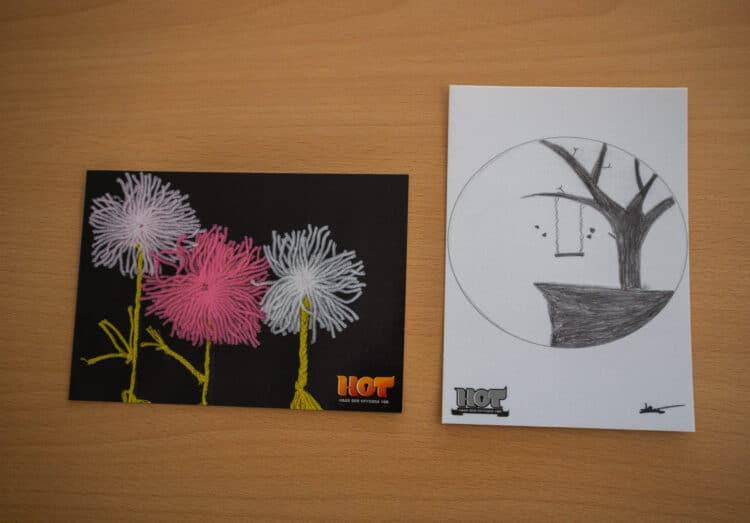 """Diese zwei Postkartenmotive sind gegen eine Spende für """"Kinderlachen e. V."""" erhältlich. (Fotos: Wir in Dortmund)"""