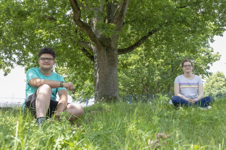 Max und Verena vom Bert-Brecht-Gymnasium haben den Podcast ins Leben gerufen. (Foto: Wir in Dortmund)