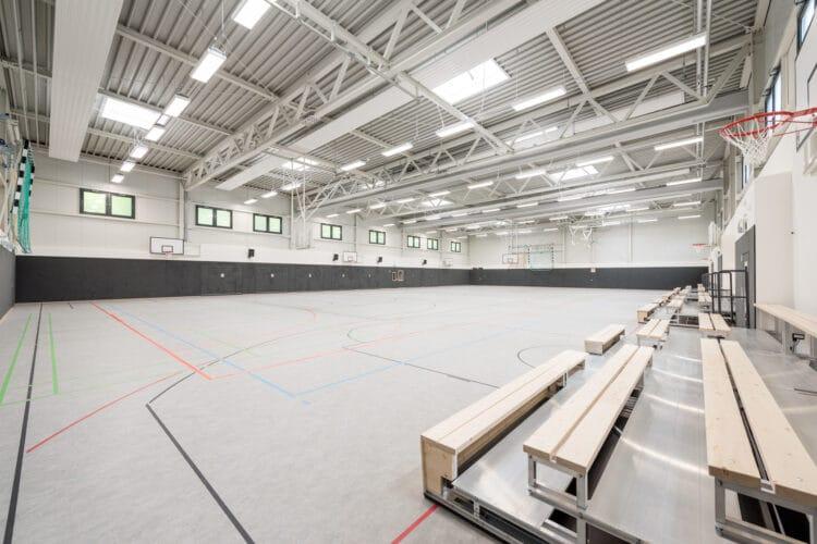 Ein Blick in die Dreifachsporthalle der Gesamtschule-Gartenstadt. (Fotos: Roland Gorecki, Dortmund-Agentur)
