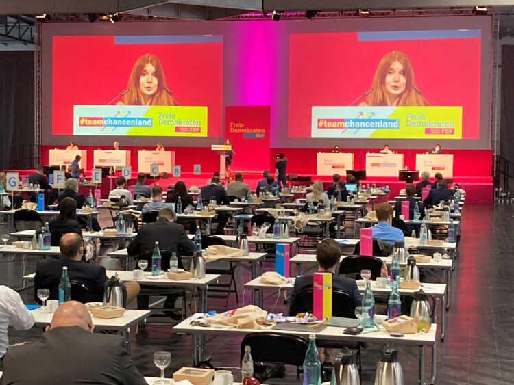 Die Dortmunderin Xenia Buxmann bei der Kandidatenaufstellung am Sonntag. (Foto: Mauritz Faenger-Montag)