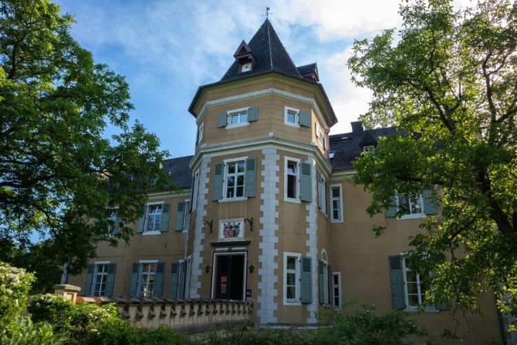 """Die Alloheim Senioren-Residenz """"Schloss Westhusen"""" möchte mit dem Experten-Vortrag auf das Problem aufmerksam machen.  (Foto: Wir in Dortmund)"""