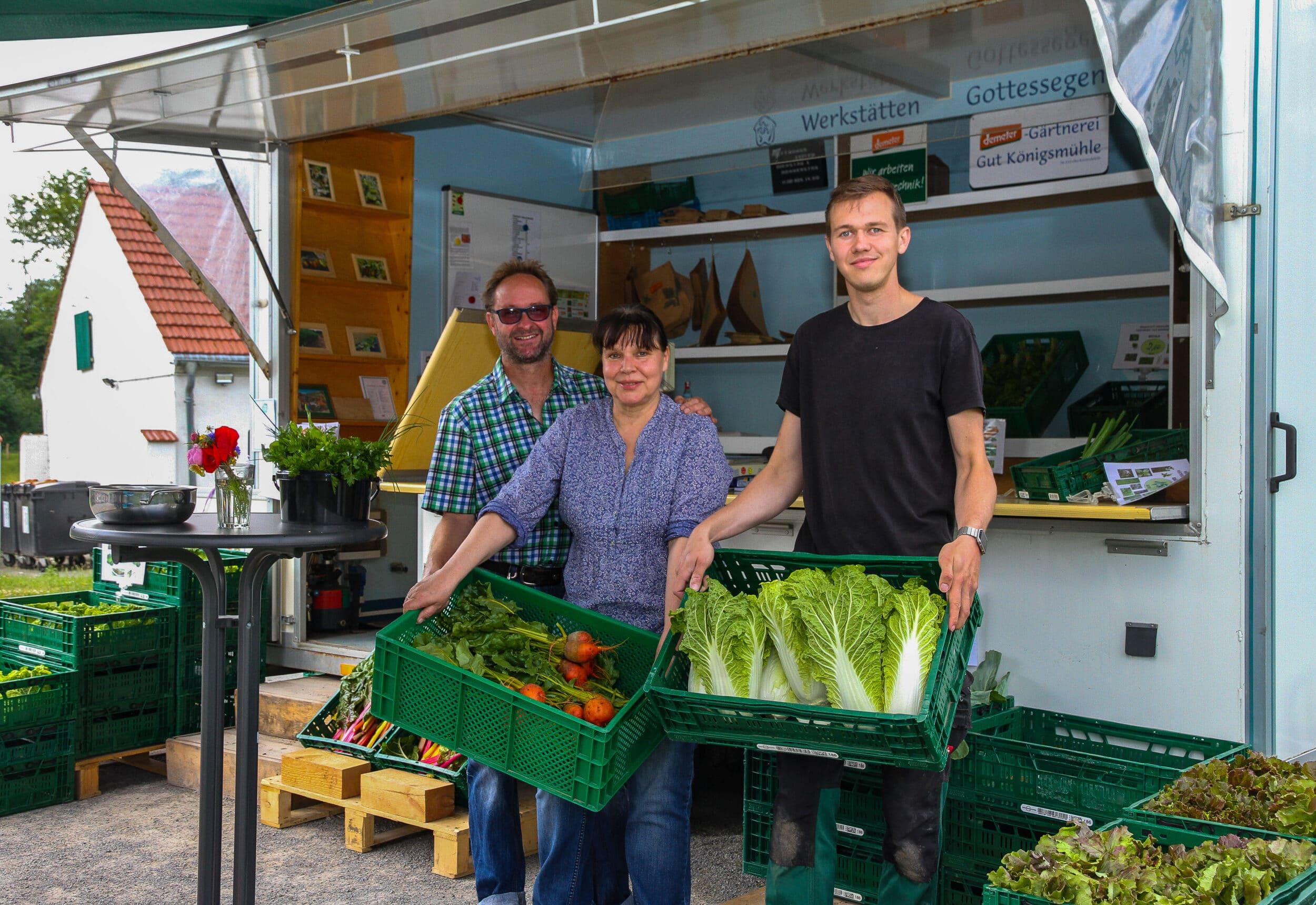 Gemüse von hier – Verkaufswagen der Demeter-Gärtnerei auf Gut Königsmühle startet in die Erntesaison