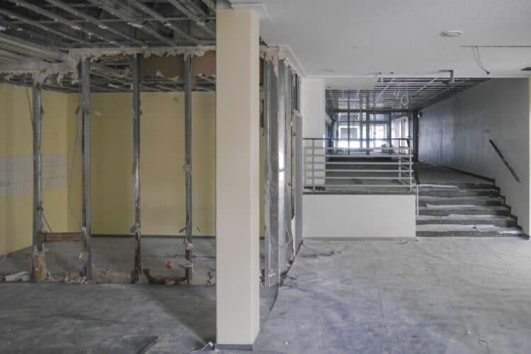 Die Kirchlinder Begegnungsstätte wird derzeit gründlich entkernt und saniert, Ende September soll sie aber wieder zur Verfügung stehen. (Foto: Werner Goosmann)