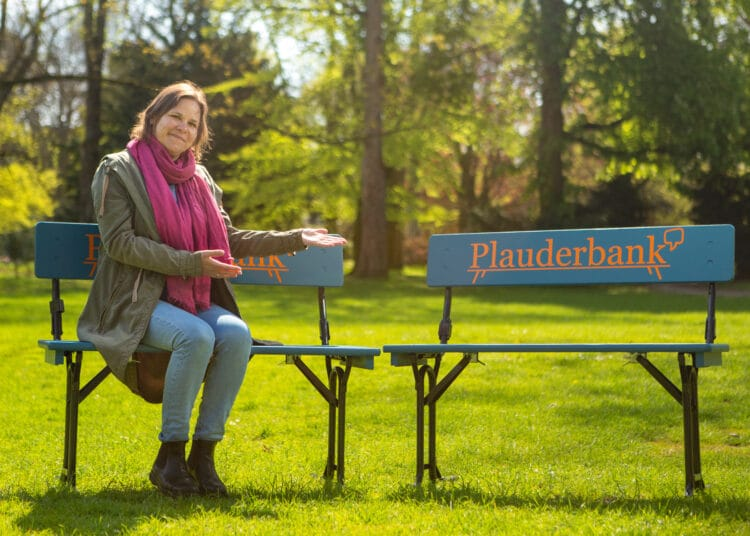 """Auf den """"Plauderbänken"""" sind nette Gespräche Trumpf. (Foto: Klaus Hartmann)"""