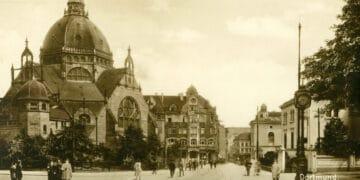 Die Alte Synagoge in Dortmund mit der Hansastraße, 1926;  Foto: Stadtarchiv