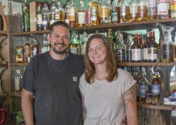 """So langsam kommt die Ziellinie in Sicht: Noch im Laufe des Augusts hoffen Matthias und Nina Bergmann den ehemaligen """"Church Pub"""" neueröffnen zu können. (Foto: Wir in Dortmund)"""