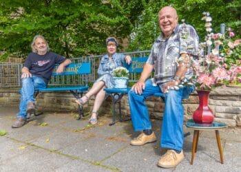 Gemeinsam wollen (v. l.) Horst Wagner, Marianne Erdmann und Helmut Weis die AWO-Begegnungsstätte Wellinghofen zukunftsfähig machen. (Fotos: Wir in Dortmund)