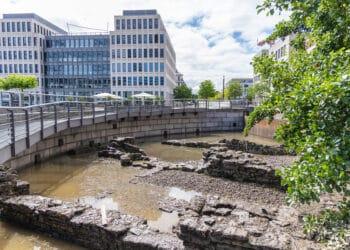 Die archäologischen Ausgrabungen führen unter normalen Umständen kein Wasser. (Fotos: Wir in Dortmund)