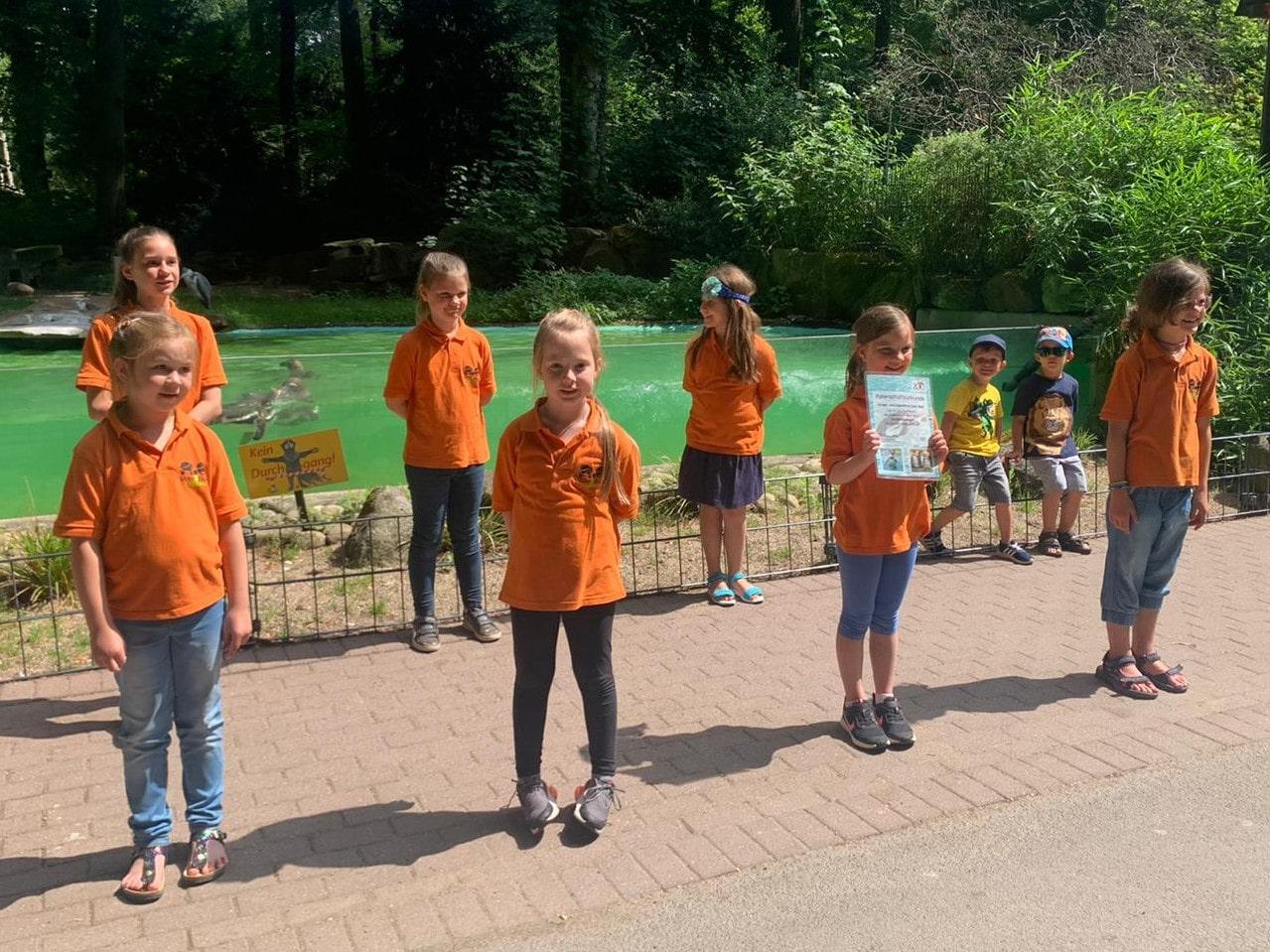 Kinder- und Jugendchor Quer-Beat singt Tierlieder im Zoo