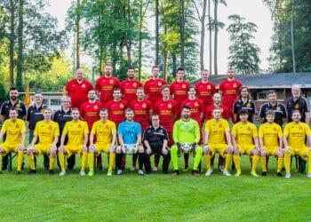 1. Mannschaft Mengede 08/20 Saison 2021/22. (Fotos: Bernd Weißenfels)