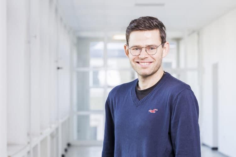 Prof. Dr. Sebastian Zaunseder bringt das messtechnische Know-How der FH Dortmund ins Netzwerk ein. (Foto: FH Dortmund/Marcus Heine)