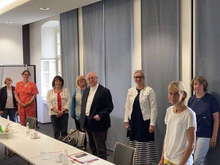 Auch die Dortmunderin Sigrun Eggenstein (vorne r.) nahm an dem Treffen teil. (Foto: privat)
