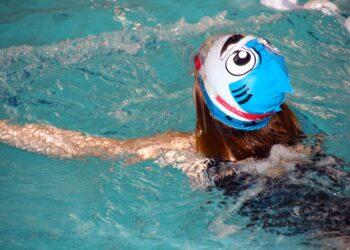 In den Ferien werden Schwimmkurse für Kinder angeboten. (Symbolfoto: pixabay)