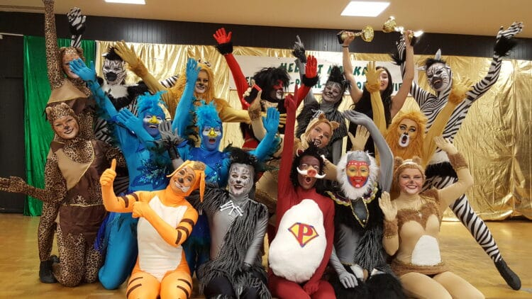 """Erst einmal wird leider nur """"getagt"""", nicht gefeiert. Die Lütgendortmunder Karnevalisten dürften sich trotzdem freuen, wieder ein paar Stunden gemeinsam verbringen zu können. (Archivfoto: Kiek es drin)"""