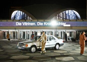 """""""2170"""" steht für kurze Zeit wieder auf dem Programm – hier eine Szene auf dem Platz der Alten Synagaoge. (Foto: Birgit Hupfeld)"""