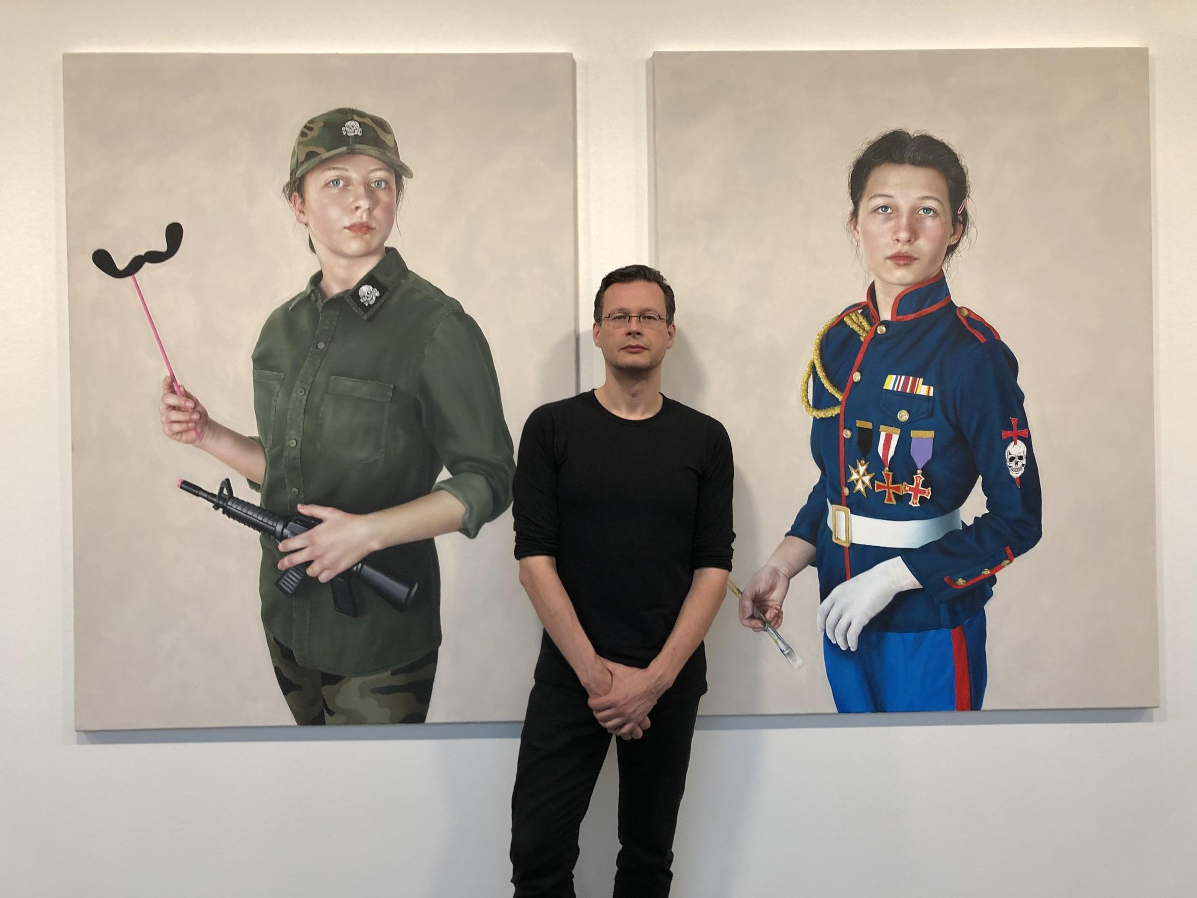 WELTGEIST: MKK Dortmund zeigt provokante Malerei von René Schoemakers in großer Werkschau