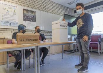 """Stimmzettel und Regularien sind bei der Jugendwahl dem """"offiziellen Vorbild"""" nachempfunden. (Foto: Wir in Dortmund)"""