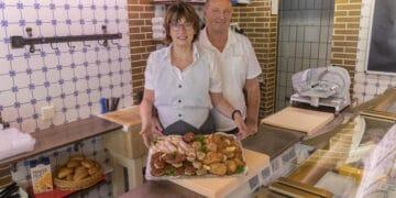 Über den mobilen Mittagstisch und ihren Partyservice bleiben die Zöllners dem Stadtteil erhalten. Mit der Schließung ihres Geschäfts aber gehört auch ein Engagement auf der Kirchlinder Woche der Vergangenheit an. (Foto: Wir in Dortmund)