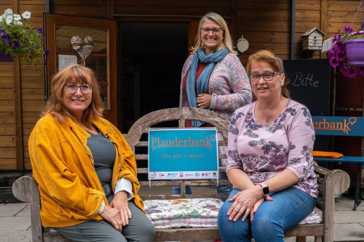 (v. l.) Nina Speziale (Seniorenbüro Mengede), Silke Freudenau (Begegnung VorOrt) und Silke Reckert. (Fotos: Wir in Dortmund)